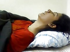 Garota indiana se masturbando - nicolo33